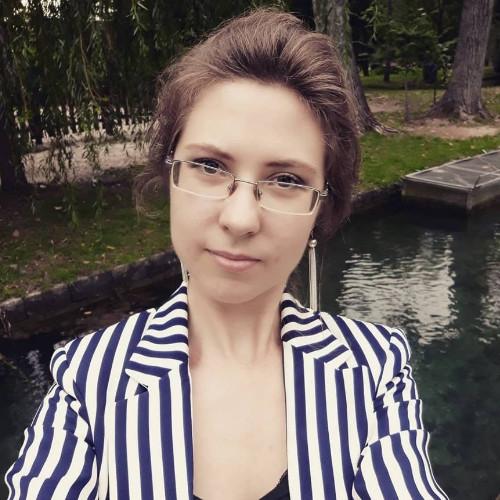 Polina Kolobova user picture